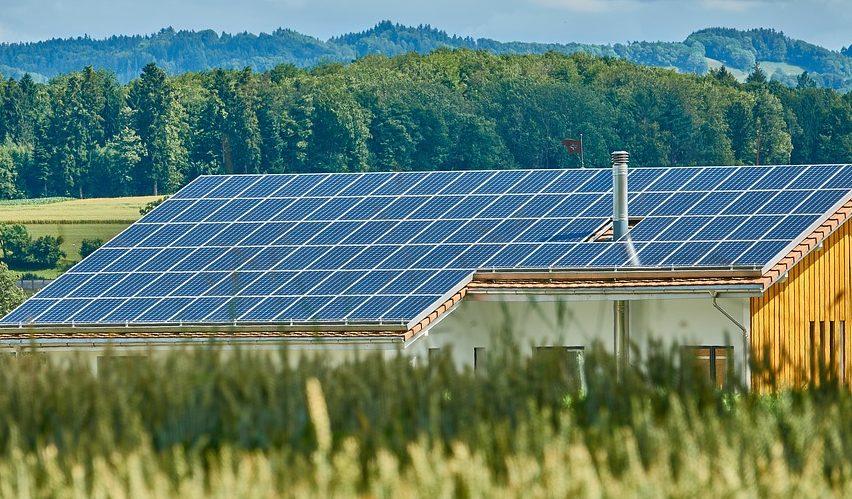 Niedrigenergiehaus Solarpanel