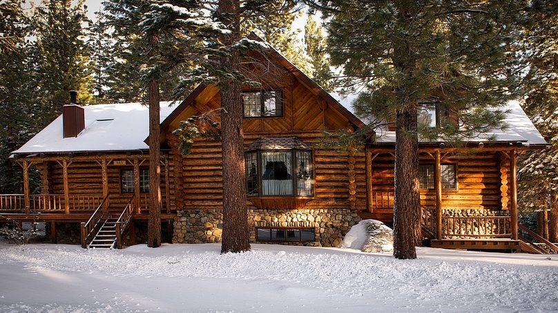 Holzfassade Winter